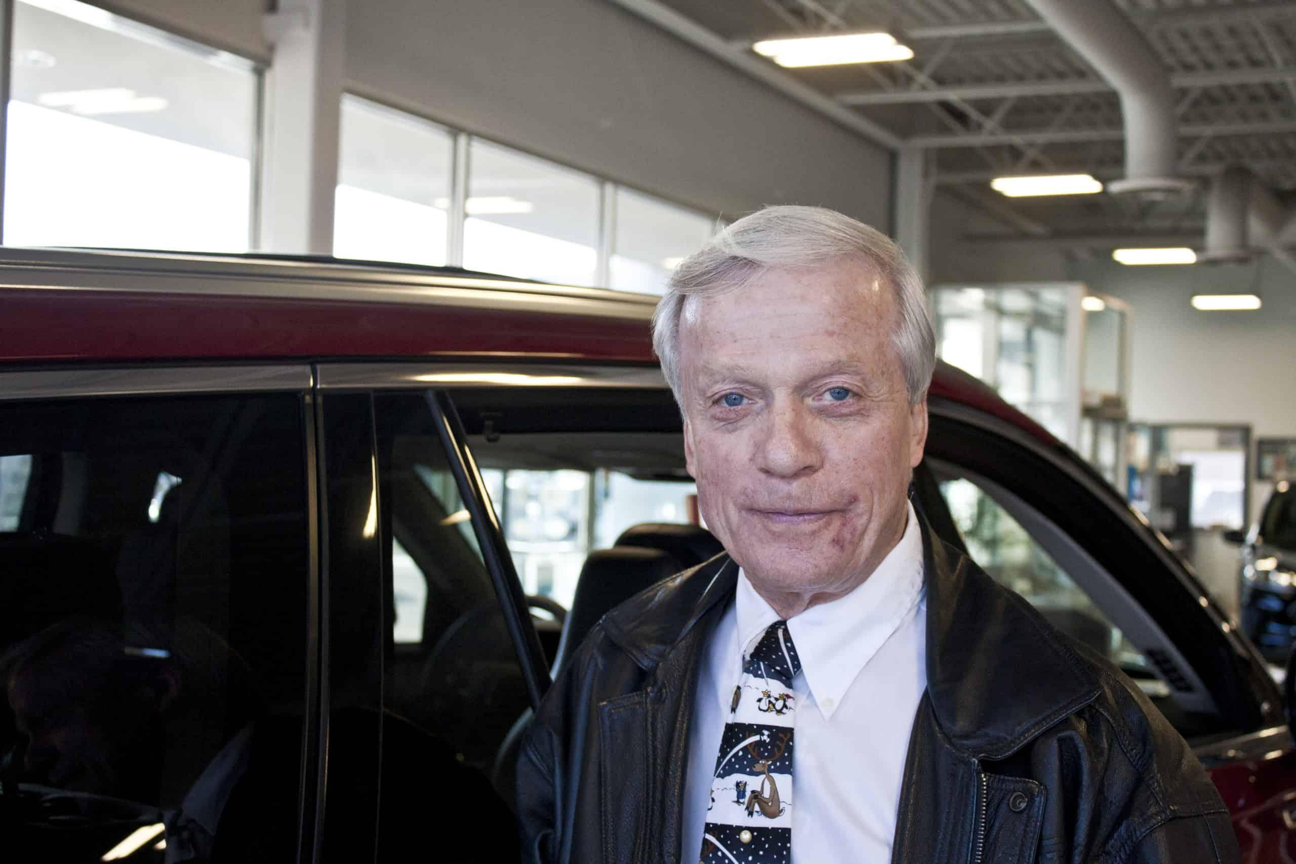 Ron Giles : Sales Consultant