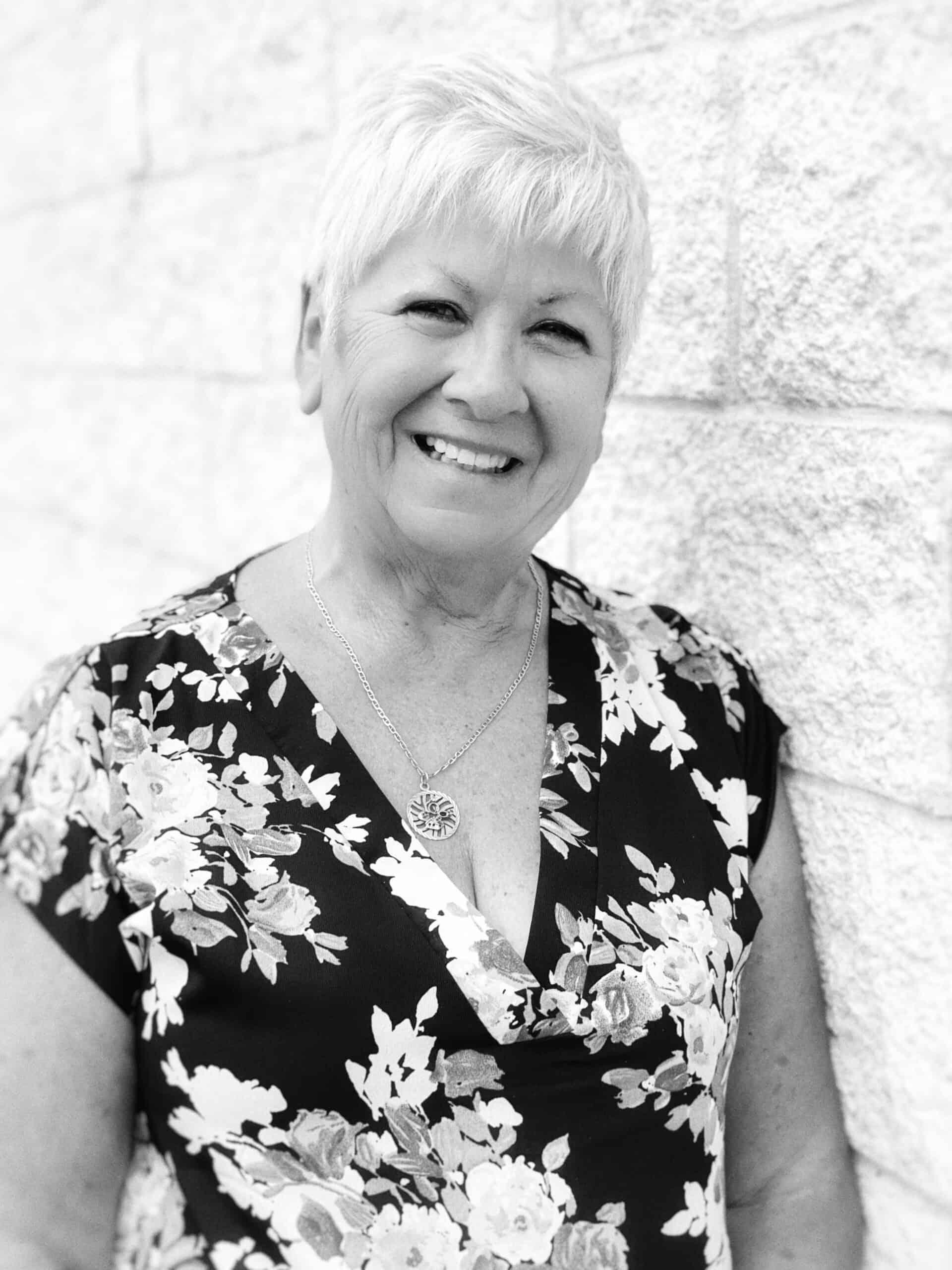 Bernice Fletcher : Deal Clerk